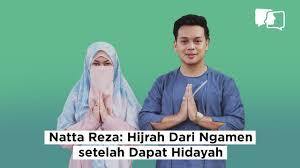 Di awal pernikahan natta reza dan wardah memang banyak hal yang harus mereka hadapi. Natta Reza Hijrah Dari Ngamen Setelah Dapat Hidayah Asumsi Mono Youtube