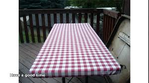 fitted vinyl table cloth round