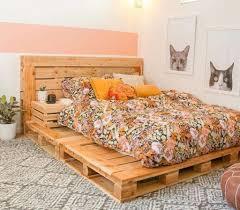 A decoração sustentável está cada vez mais em alta. 30 Ideias De Camas Com Paletes Casa Com Br