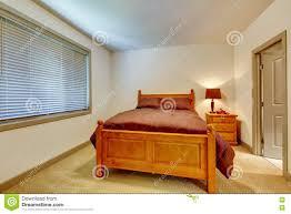 Klassisches Amerikanisches Schlafzimmer Mit Teppichboden Und