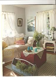 Small Cottage Bedrooms Country Cottage Style Living Rooms Artist Lynn Hansons Little