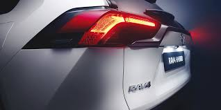 Toyota upgrades RAV4 hybrid SUV - electrive.com