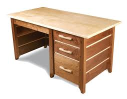 desk plans desk plans com free woodworking plans and tutorial diy truss desk by 2 chic see the original and build process here