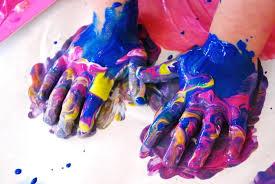 4 girls finger paint