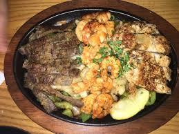 chilis customer service excellent restaurant et surtout un service au top qui nous change en
