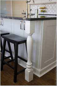 kitchen counter overhang for bar stools