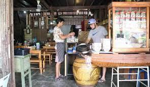 อดีตเซฟภัตตาคารดังผันตัวมาเปิดร้านอาหารตามสั่ง  เอาใจคนจนกินจานเดียวอิ่มทั้งวัน(คลิป) - เส้นทางเศรษฐี