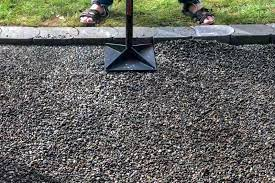 how to make a pea gravel patio in a