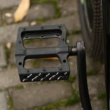 <b>1Pair Bicycle Pedal</b> Lightweight Mountain <b>Bicycle Pedals Nonslip</b> ...