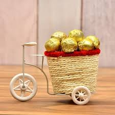 orted 10 pcs chocolates in a cane basket