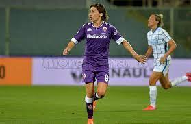 La Fiorentina Femminile dilaga contro il Napoli: 2-5 e tripletta per  Sabatino!