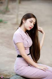 TOP GIRL ASIA - She is Single 💕 Made in Myanmar #sexygirl... | Facebook