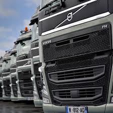 volvo truck 2015. prsentation du nouveau volvo fh au centre apth creusot truck 2015