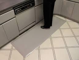 antifatigue kitchen mats textured surface kitchen mats38 kitchen