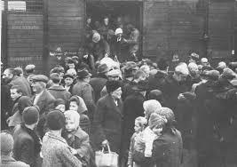 Výsledok vyhľadávania obrázkov pre dopyt second world war auschwitz