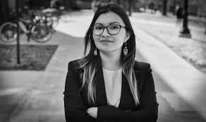 Karla Castillo – Salvadoreña. Economista. Máster Administración ...