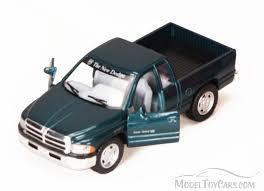 Dodge Ram Pick-Up, Green - Kinsmart 5018D - 1/44 scale Diecast Model ...
