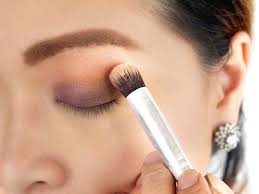 how to find the best eyeshadow for your eyes