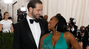 Beyoncé All Smiles at Serena Williams \u0026 Alexis Ohanian\u0027s Wedding ...