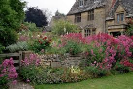 country gardens. English Country Gardens Fowhr