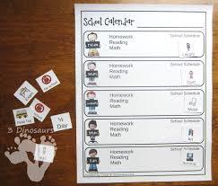 Free Weekly School Calendar | 3 Dinosaurs