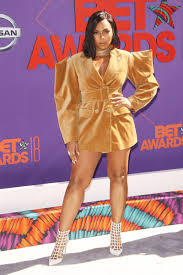 Median net worth is arguably the one that gives you a more realistic view of an age group's financial situation. Ashanti Douglas Husband Ashanti Net Worth Age Bikini Mother Boyfriend Husband Sister