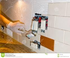 installing tile backsplash to install a subway kitchen parsito