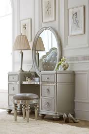 old hollywood bedroom furniture. The Havertys Brigitte Vanity With Mirror Brings Old Hollywood Glam Look To Your Bedroom. A Platinum Finish Polished Hardware And Large Oval Bedroom Furniture