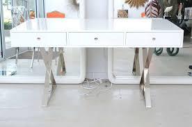 White modern office Executive Modern Desk White White Modern Office Furniture Image Of White Lacquer Desk Modern Office Style Furniture Modern Desk White Cookwithscott Modern Desk White Director Desk In S005 Modern Office Desk White