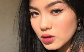 tricks for hooded eyes makeup