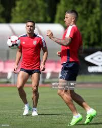 Serbia's Dusan Tadic and Aleksandar Kolarov during a training session...  Foto di attualità - Getty Images