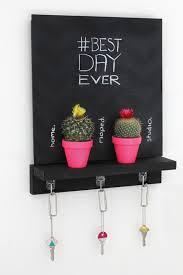 chalkboard key holder 9 diy key holders