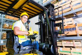 Why Your Forklift Drivers Need Certification Strat Training
