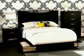 beverly hills furniture cosmo platform bed hayneedle