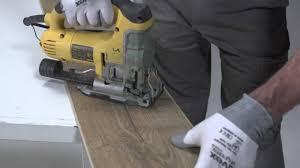 installing laminate flooring how to cut saw laminate flooring