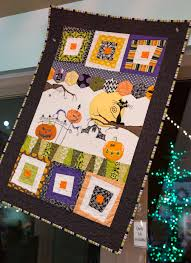 halloween quilt at Gsrdner Village   Halloween & WitchFest ... & halloween quilt at Gsrdner Village Adamdwight.com