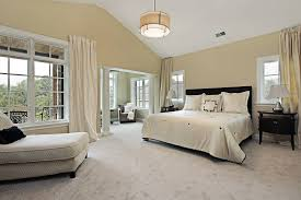 55 primary bedrooms with tall ceilings
