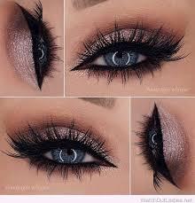 rose glitter eye makeup for blue eyes