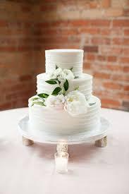 3 Layer Wedding Cake Best 25 Sugar Flowers Ideas On Pinterest So