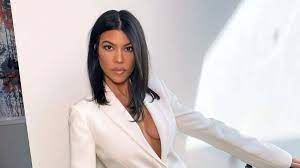 Kourtney Kardashian Shows Cellulite in ...