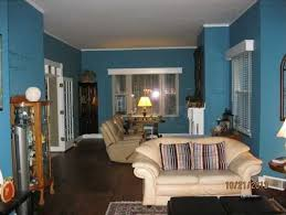 foyer paint colorsQ  AWhat Foyer Paint Color Will Coordinate With This Living Room