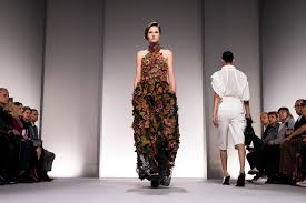 Fashion Designing Course In Paris Paris Fashion Week Summer 2020 Highlights And The Most