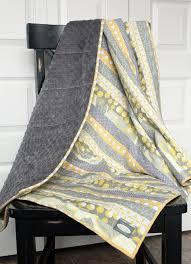 37 mejores imágenes sobre home goods fur en Pinterest | Best Bebé ... & Custom Stripe Quilt Blanket - Aqua, Lime Green and Red. $200.00, via Etsy Adamdwight.com