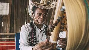 Jenis bunyi yang dihasilkan aramba adalah ideofon. Ragam Alat Musik Tradisional Ntt Jenis Bahan Dan Fungsinya