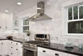 modern kitchen marble backsplash. Wonderful Modern Incredible White Marble Backsplash And Black Grante Countertops Combination  For Modern Kitchen Design Ideas With Large Vent Hood Throughout T