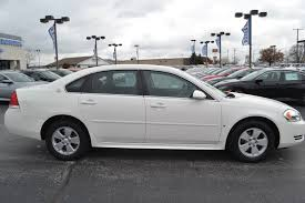 Pre-Owned 2009 Chevrolet Impala LT 4D Sedan near Fort Wayne ...