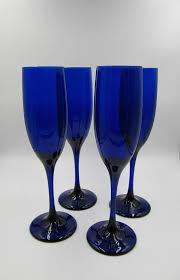 vintage libbey cobalt blue champagne flutes set of four 4 libbey cobalt blue wine glasses