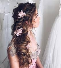 ショートヘアウェディングドレスが似合う花嫁髪型アレンジまとめ