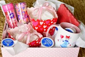 celebrating holidays and gifts from the heart i came up with a little valentine s hot cocoa basket filled with a mug designed especially for her and a