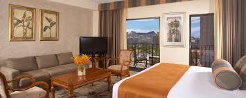 Palms One Bedroom Suite Honolulu Accommodations Rooms Suites Aqua Palms Waikiki
